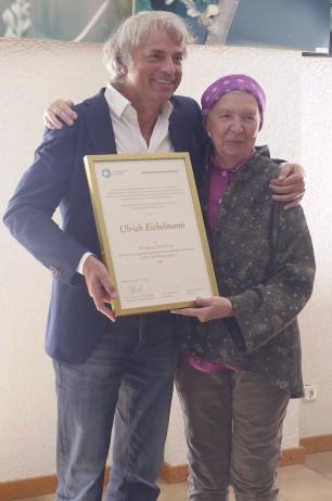 Preisträger Ulrich Eichelmann mit Dr. Dorette Staab, Stifterin des Preises